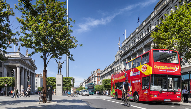Open top bus O\'Connell Street Dublin Mark Reddy Commercial Photographer Trinity Digital Studios