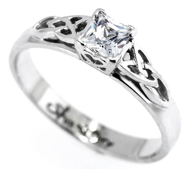 Ring Platinum Jewellery Photography by Jewellery Photographer Mark Reddy Trinity Digital Studios