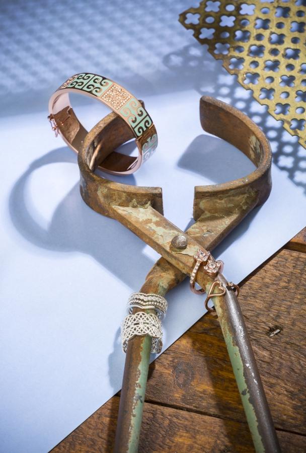 Jewellery-569 Photography by Jewellery Photographer Mark Reddy Trinity Digital Studios